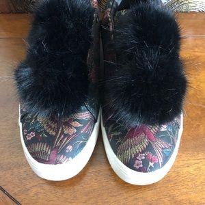 Sam Edelman Pom Pom Sneakers Size 8.5